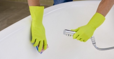 Чем отмыть ванну до бела