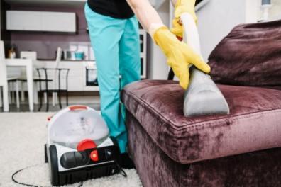 Химчистка мебели своими руками или помощь профессионалов
